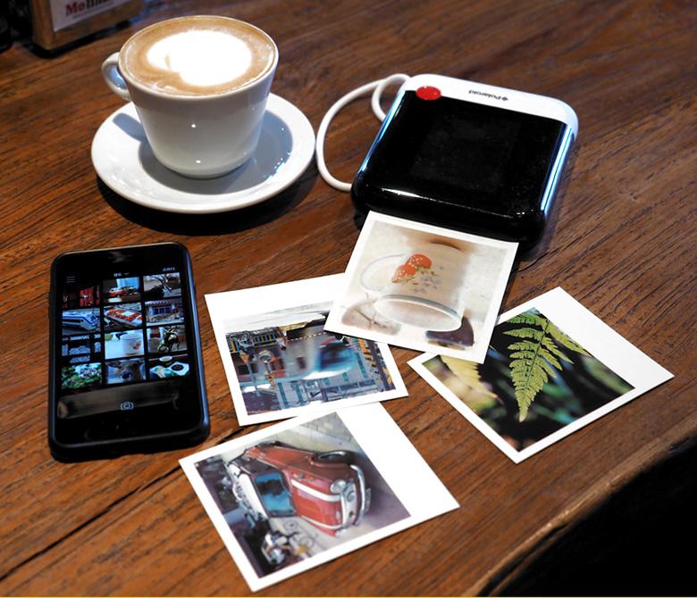 폴라로이드 팝(POP) 즉석카메라(스마트폰 모바일 프린터) Black332,500원-썬포토키덜트/취미, 카메라/캠, 폴라로이드 카메라, 폴라로이드 카메라바보사랑폴라로이드 팝(POP) 즉석카메라(스마트폰 모바일 프린터) Black332,500원-썬포토키덜트/취미, 카메라/캠, 폴라로이드 카메라, 폴라로이드 카메라바보사랑